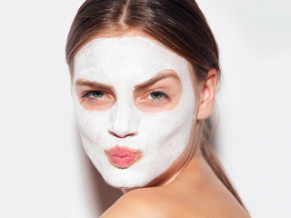 Anti-aging face mask