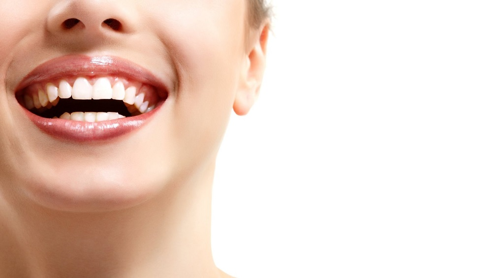 731621882a34d Activated charcoal to whiten teeth: Does it work? - Anxiety Fighters ...