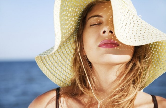 How to protect hair from sun and dust